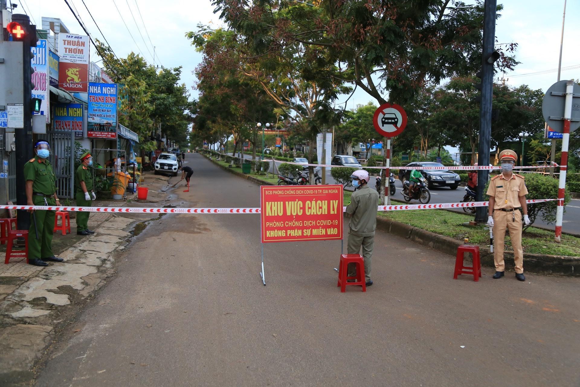 Phong tỏa một thành phố ở Đắk Nông