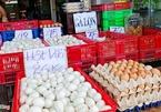 Giá trứng ở miền Tây tăng vọt