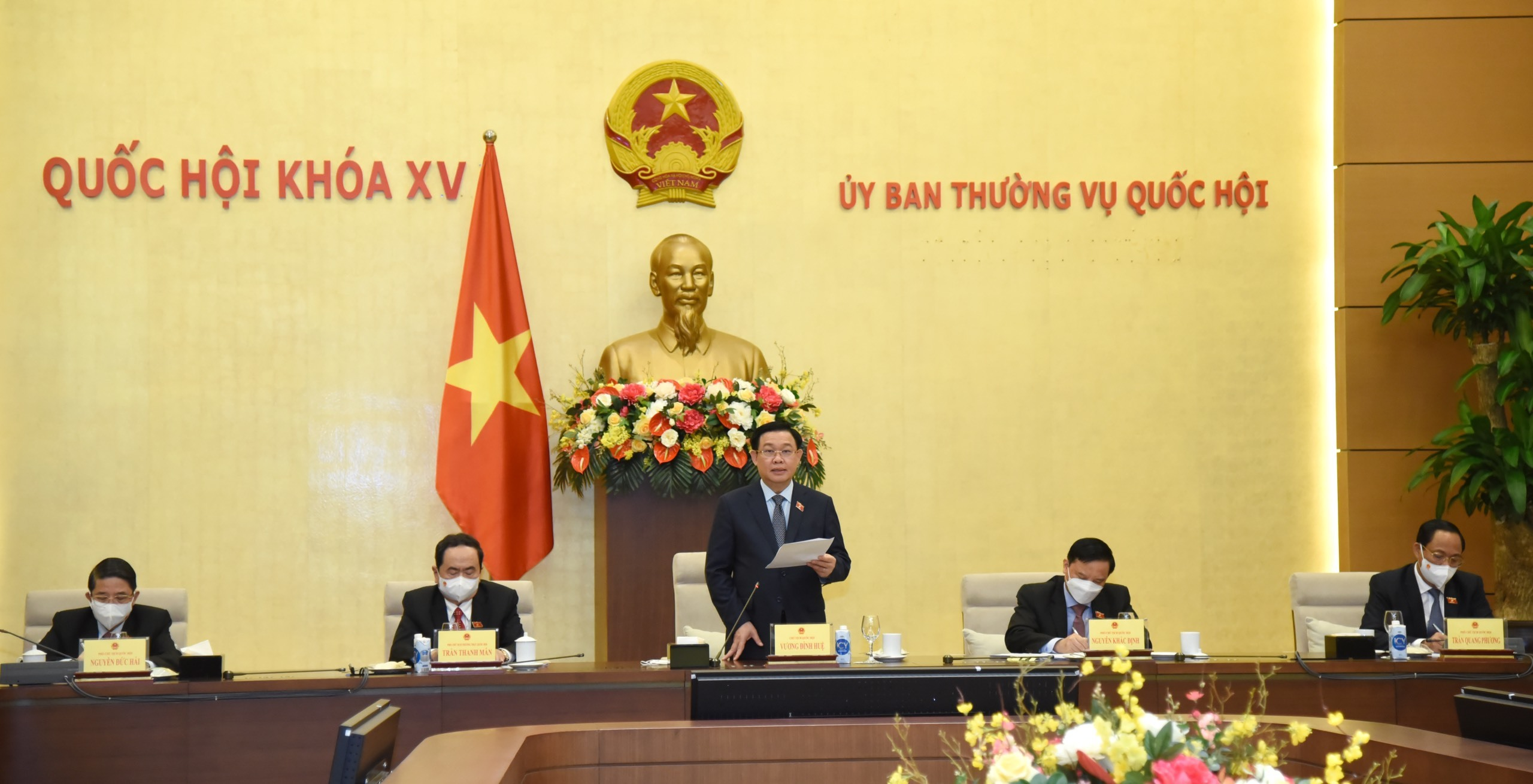 Quốc hội bổ sung việc phòng, chống Covid-19 vào Nghị quyết kỳ họp thứ nhất