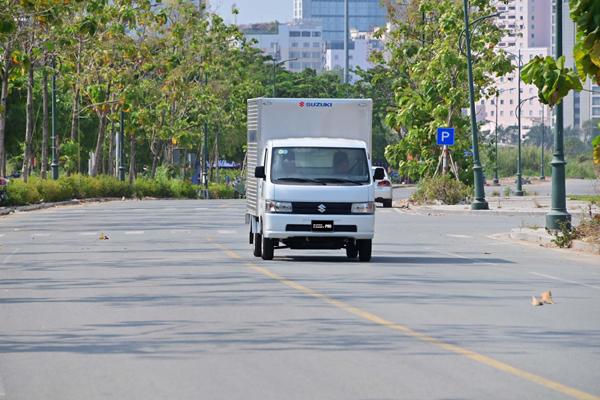 Vận chuyển mùa giãn cách trở nên đơn giản nhờ Suzuki Carry Pro