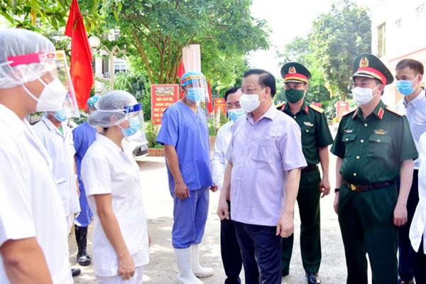 Bí thư Hà Nội: Khi cần thiết sẽ huy động trực thăng chở thuốc men, thực phẩm