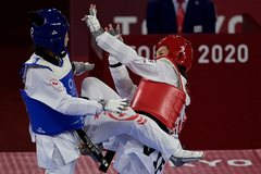 Kim Tuyền thua đối thủ Thái Lan ở tứ kết Olympic Tokyo