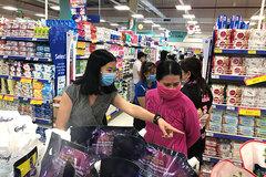 Bưu tá, nhân viên giao hàng siêu thị được hoạt động thời gian Hà Nội giãn cách