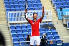 Djokovic 'tốc hành' vào vòng 2 Olympic Tokyo 2020