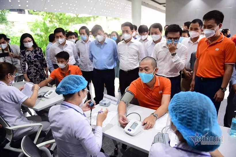 Over 2,000 volunteers to help HCM City fight Covid-19 epidemic