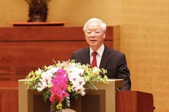 Party chief's article on path to socialism address root of social conflicts: Int'l experts