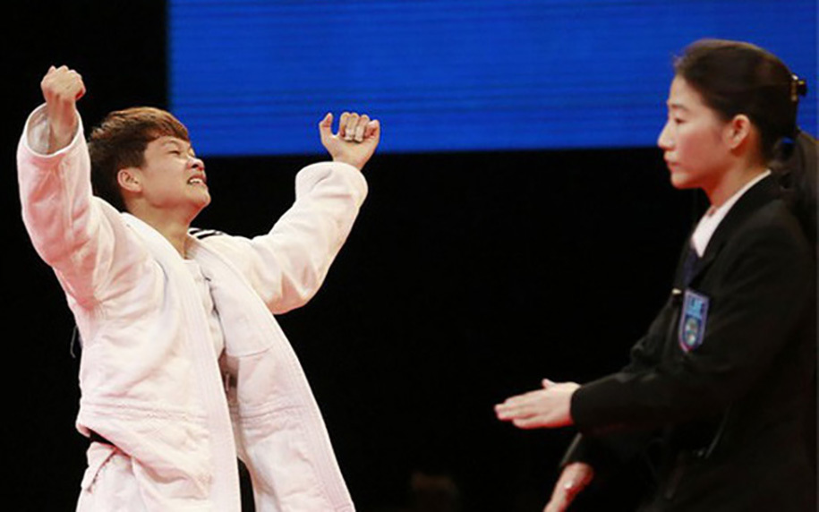 Thua điểm Ippon, võ sĩ Việt Nam chia tay Olympic sau hơn 1 phút