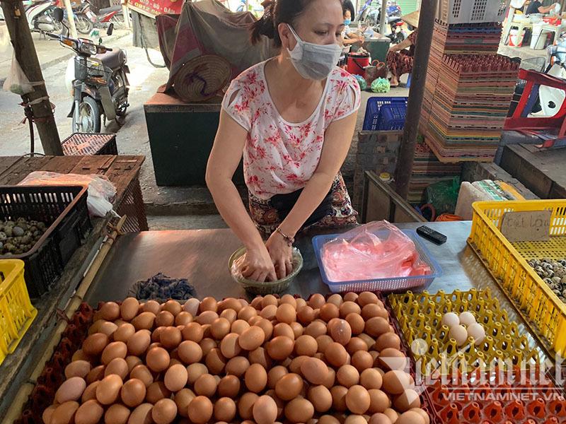 Hà Nội: Trứng gà tăng giá mạnh, nhiều nơi 'cháy hàng'