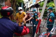 Phó Bí thư TP.HCM Phan Văn Mãi: Dừng ngay việc giao lưu giữa các gia đình