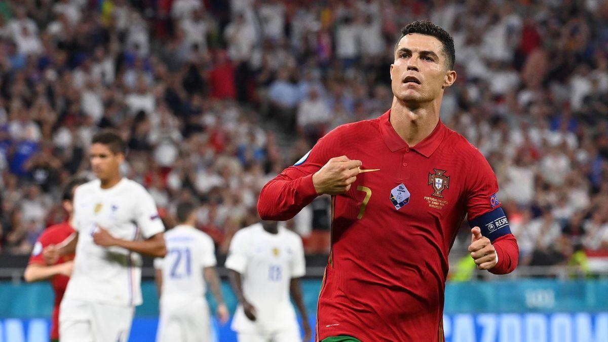 MU cố giữ Pogba, Ronaldo muốn đến PSG