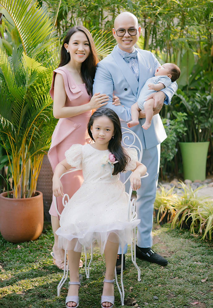 Quà đặc biệt Phan Đình Tùng dành tặng trẻ em trong mùa dịch