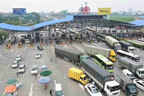 Phó Thủ tướng: Không kiểm tra xe chở hàng thiết yếu phục vụ vùng dịch