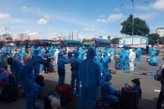 400 công dân Phú Yên được hỗ trợ xe khách rời TP.HCM về quê