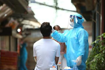 Ghi nhận 2.708 ca Covid-19, thêm 77.967 người được tiêm vắc xin