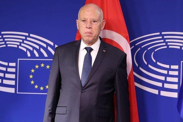 Tổng thống Tunisia bất ngờ sa thải thủ tướng, 'đóng băng' quốc hội
