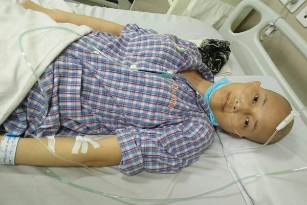 Mẹ bị ung thư phổi di căn vào não canh cánh nỗi lo con thơ