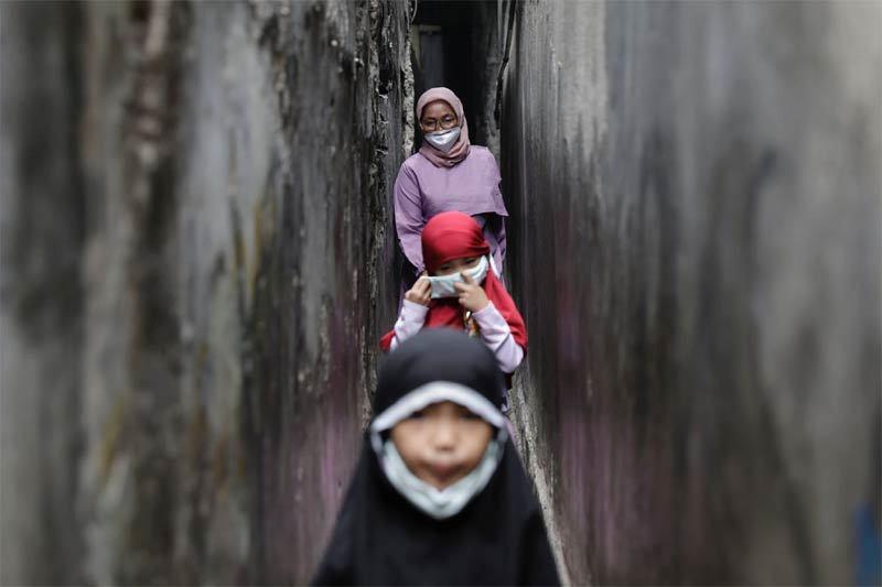 Tỷ lệ trẻ nhỏ tử vong vì Covid-19 tăng ở Indonesia