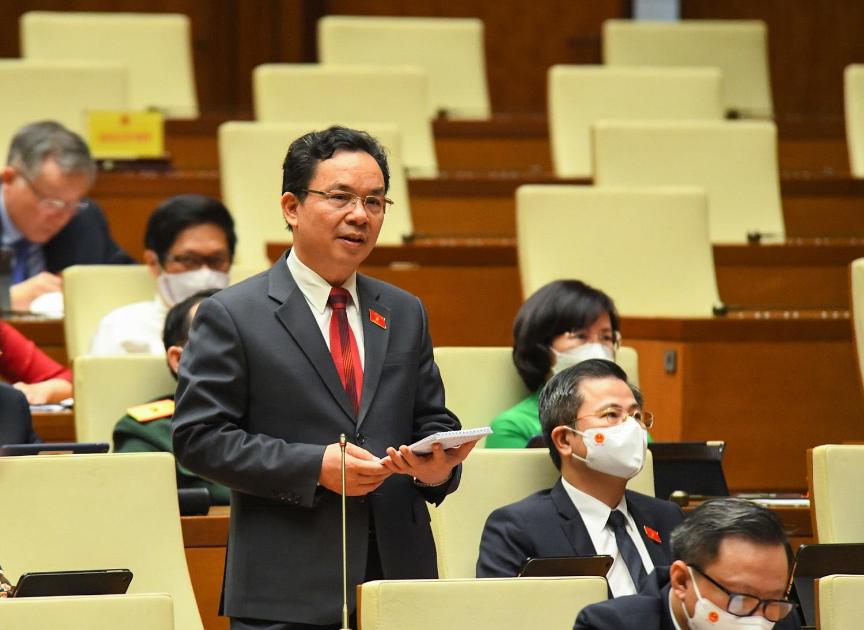 Lãng phí từ chứng chỉ không cần thiết lại được nêu trên diễn đàn Quốc hội