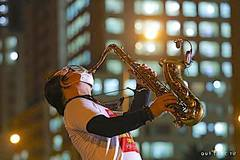 Lời ca, tiếng saxophone và nước mắt khán giả những ngày giãn cách