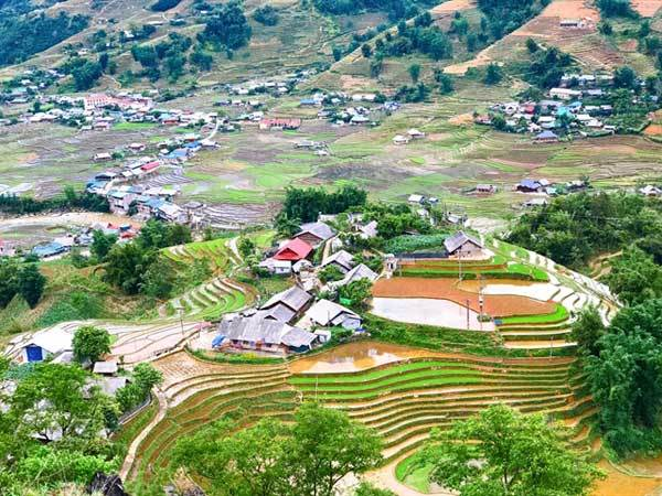 Sa Pa local spreads Giay culture, cuisine, and traditions via Youtube
