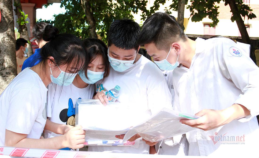 Sáu thủ khoa thi tốt nghiệp THPT của Nghệ An
