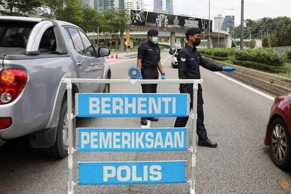 Malaysia dừng kéo dài tình trạng khẩn cấp quốc gia vì Covid-19