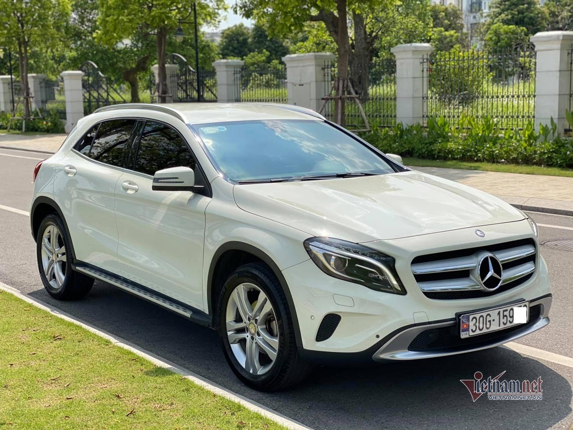 xe-o-to-Mercedes-Benz-GLA200-2015-co-gia-ban-815-trieu-dong