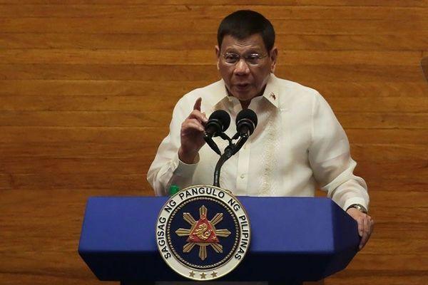 Tổng thống Philippines trải lòng về Biển Đông và Trung Quốc
