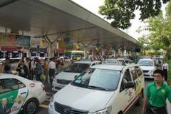 Taxi có cấp phép ở TP.HCM được hoạt động sau 18h?