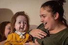 Cô bé duy nhất trên thế giới mang gen đột biến của 'dị nhân'