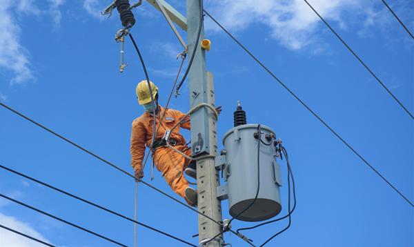 Lưu ý đặc biệt phòng tránh điện giật mùa mưa bão