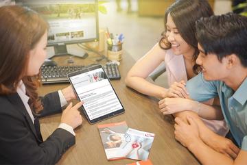 Giải thưởng Nhà bán hàng xuất sắc cho sản phẩm bảo hiểm trực tuyến của Prudential