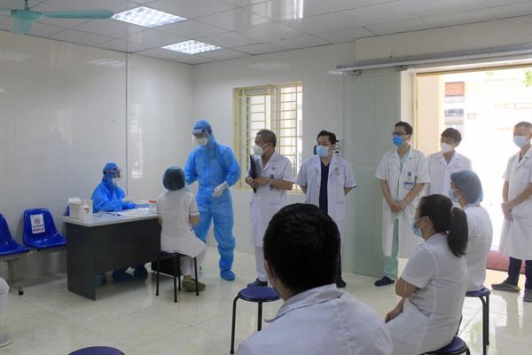 Huy động lực lượng y tế lớn chưa từng có chi viện cho TP.HCM