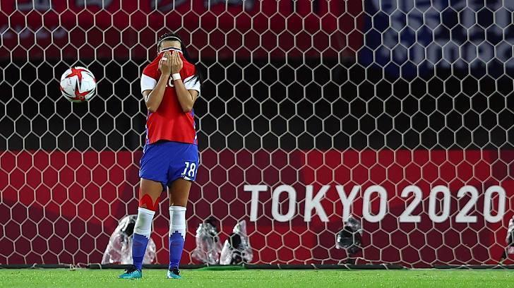 Nữ Nhật Bản lách qua khe cửa hẹp, gặp Thụy Điển ở tứ kết