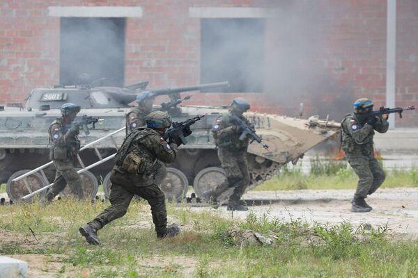 Ukraina tập trận rầm rộ cùng Mỹ và đồng minh