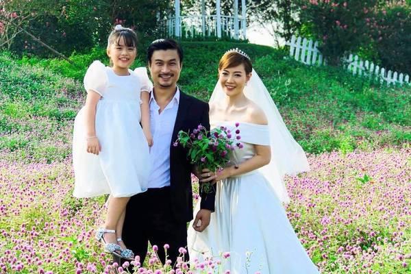 Đám cưới đẹp kết phim 'Mùa hoa tìm lại' gây sốt