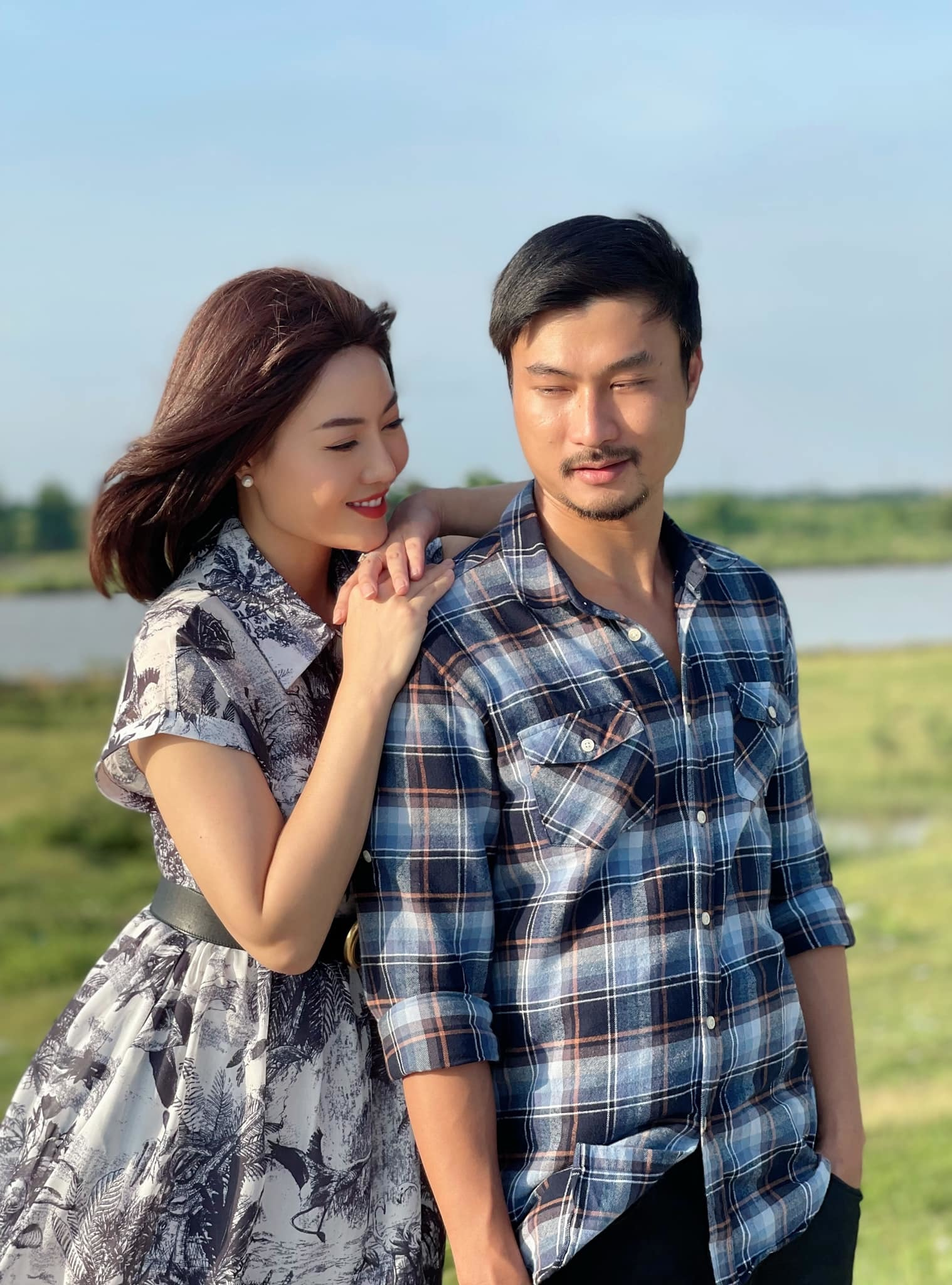 Đám cưới đẹp cuối phim 'Mùa hoa cải' gây sốt