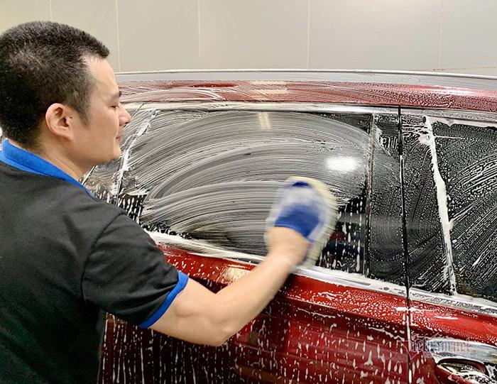 Sai lầm dễ mắc phải khi tự rửa ô tô tại nhà