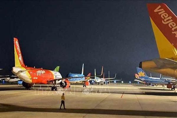 Covid-19 impacts,Vietnam aviation