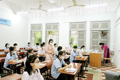 University admission scores predicted high this year