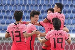Hàn Quốc đoạt vé tứ kết bằng 'set tennis' trước Honduras