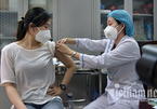 Hanoi begins largest Covid-19 vaccination campaign