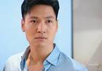 'Hương vị tình thân': Giám đốc Long khiến tôi bực bội muốn tắt tivi