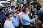 Chủ tịch nước Nguyễn Xuân Phúc đề nghị TP.HCM tiếp tục giãn cách xã hội để kiểm soát dịch