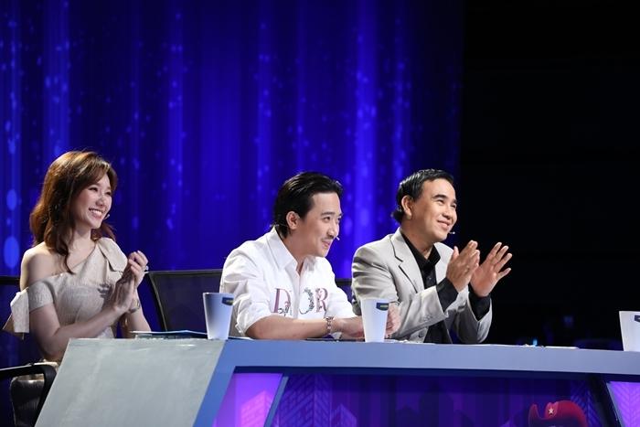 Trấn Thành: Quyền Linh đi quay gameshow phải gọi báo cáo vợ