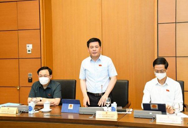 Bộ trưởng Nguyễn Hồng Diên: Phát triển DN lớn, Việt Nam dần tự chủ trong sản xuất