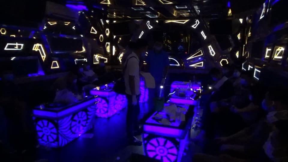 Dương Minh Tuyền bị bắt khi 'bay lắc' trong quán karaoke ở Ninh Bình