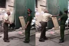Ông lão đập mũ vào mặt công an ở Hà Nội khi bị nhắc đeo khẩu trang