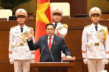Thủ tướng Hun Sen chúc mừng Thủ tướng Phạm Minh Chính tái đắc cử