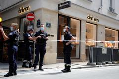 Tiệm trang sức của nhà thiết kế gốc Việt ở Paris bị cướp